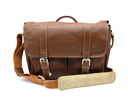 Mada Camera Bag Medform Leather Dark Latte